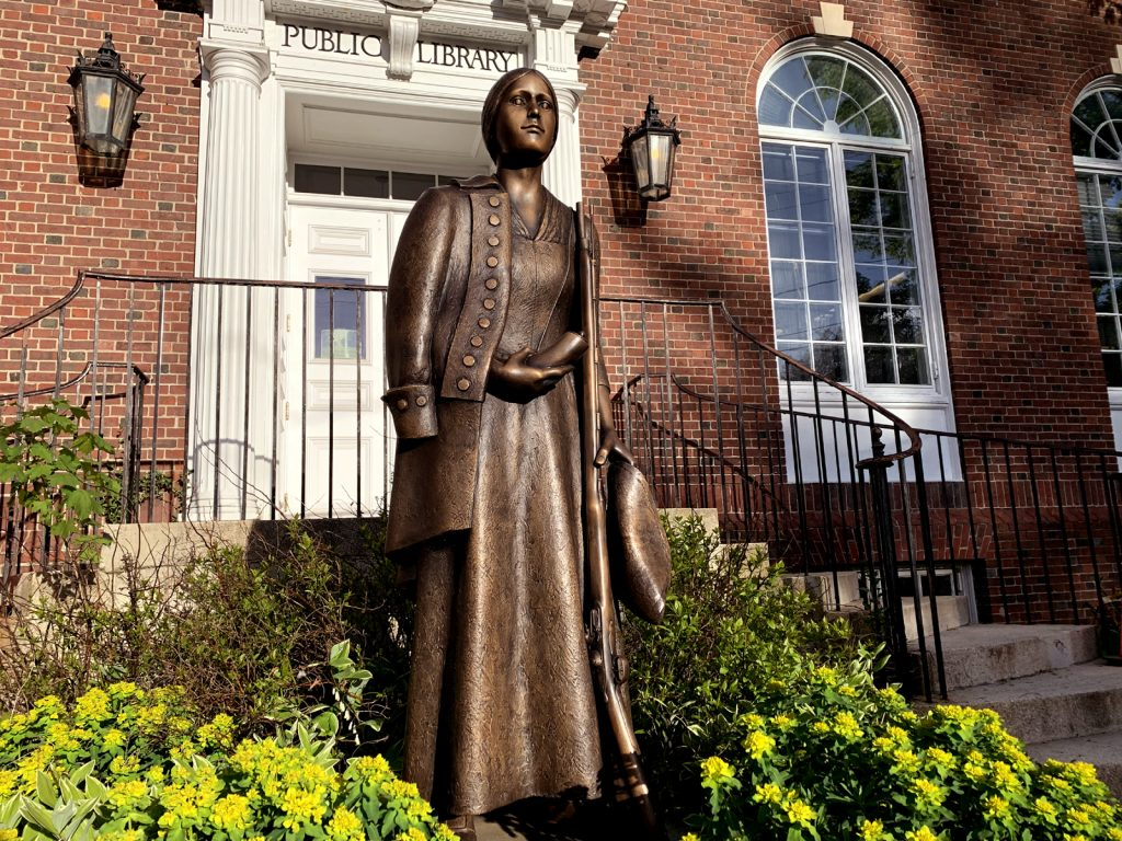 Deborah Sampson statue outside of the Sharon Public Library.