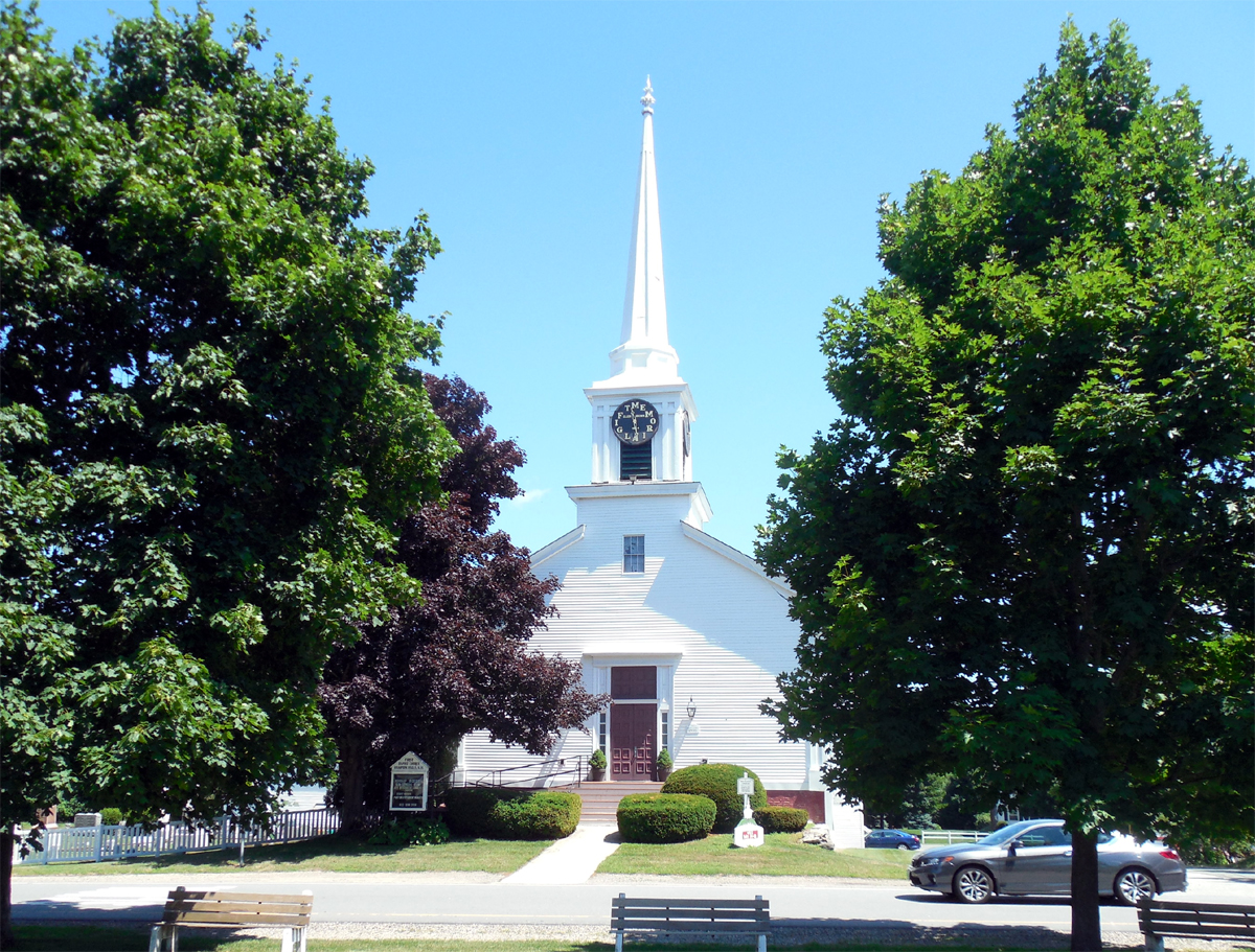 Beer Bottle Church in Hampton Falls, NH