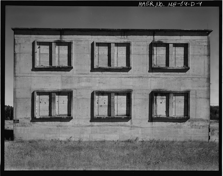 Building 260 - AKA The Vamp House at Loring Air Force Base in Maine. Circa 1968. Photo courtesy of the Library of Congress.